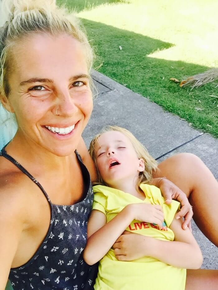 Augen zu und durch: 5 Tipps bei Jetlag mit Kind