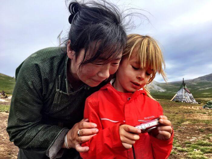 Auf Pferden mit Kind durch die Mongolei - Gastfreundschaft