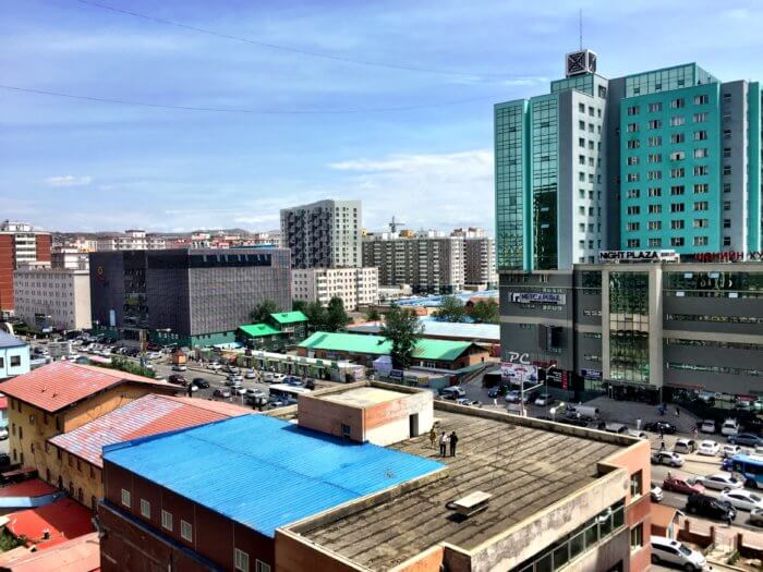 Ghetto in Ulaanbaatar - Mongolei mit Kind