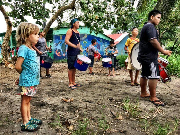 Tortuguero in Costa Rica mit Kind